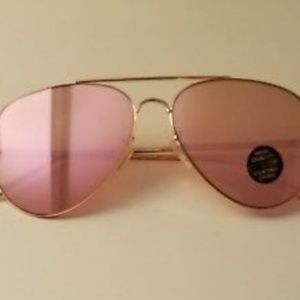 Rose Gold Aviator sunglasses